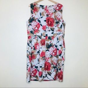 dressbarn Dresses - Dressbarn Tiered Floral Print Sleeveless Dress